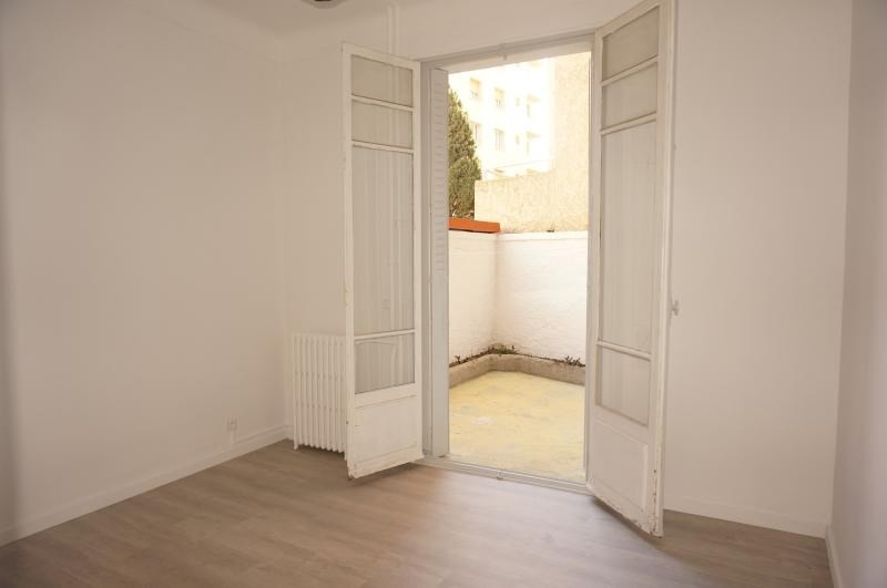 Rental apartment Marseille 8ème 645€ CC - Picture 1