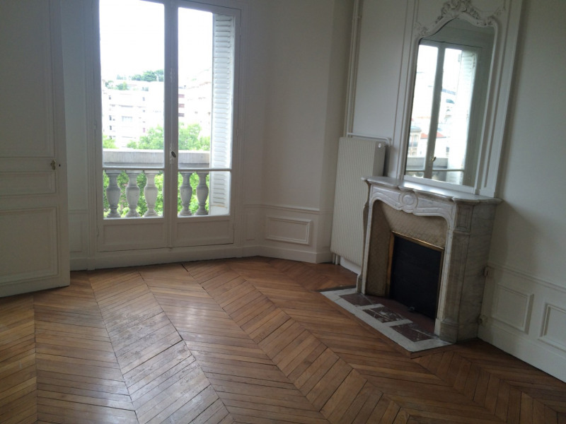 Location appartement Paris 16ème 3650€ CC - Photo 4