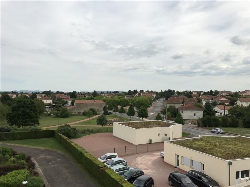 Sale apartment Riorges 67000€ - Picture 3