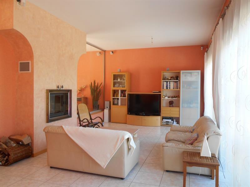 Vente maison / villa Lons-le-saunier 440000€ - Photo 4