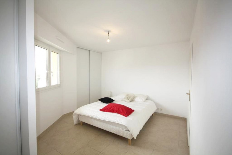 Rental apartment Juan-les-pins 1 290€ CC - Picture 3