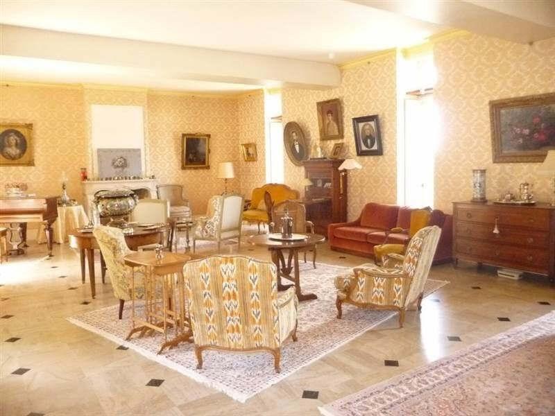Sale house / villa Chateau landon 650000€ - Picture 3