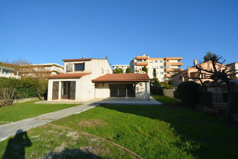 Deluxe sale house / villa Antibes 595000€ - Picture 9