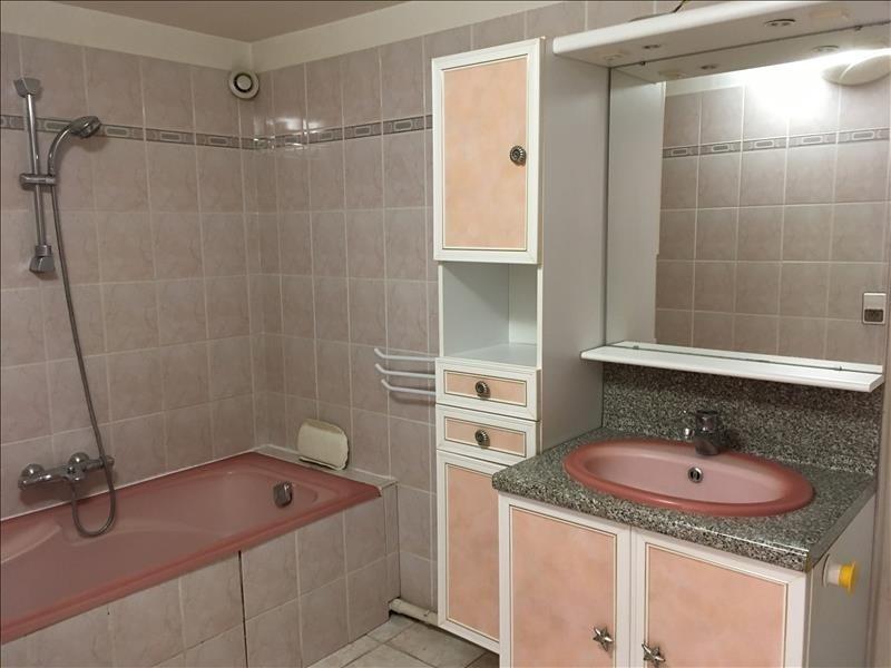 Location maison / villa Pelissanne 755€ CC - Photo 7
