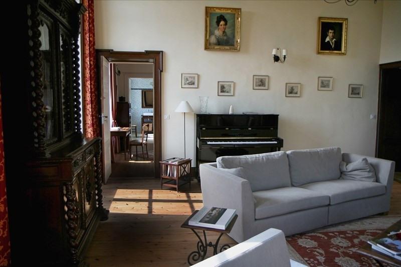 Deluxe sale house / villa Laroque timbaut 1352000€ - Picture 2