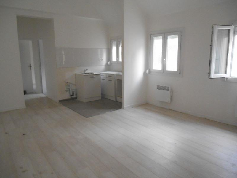 Sale apartment Crevecoeur le grand 86000€ - Picture 1