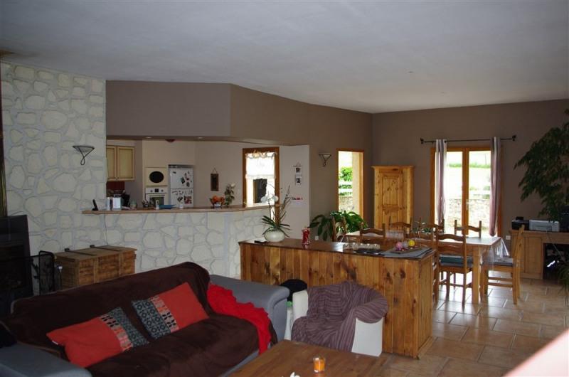 Vente maison / villa St victor sur loire 330000€ - Photo 2