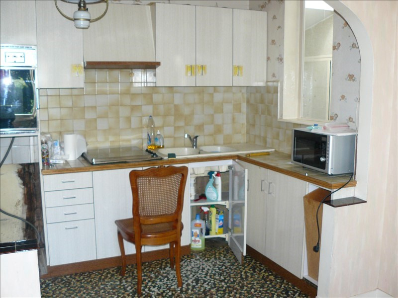 Sale house / villa Hellean 85200€ - Picture 7