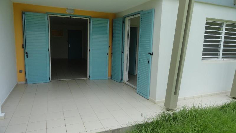 Rental apartment Le gosier 689€ CC - Picture 2