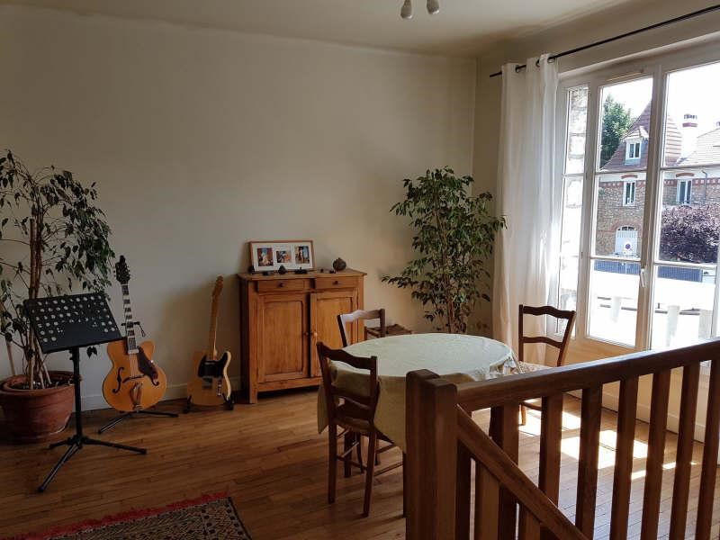 Sale apartment Chatou 420000€ - Picture 1