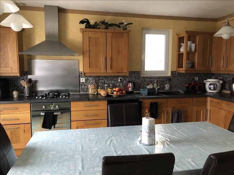 Sale house / villa Combs la ville 399000€ - Picture 3