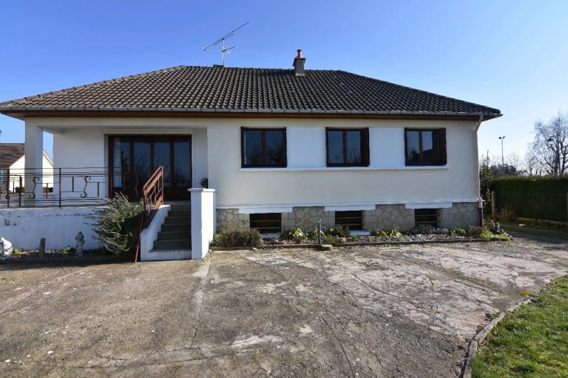 Sale house / villa Neuilly en thelle 255000€ - Picture 1