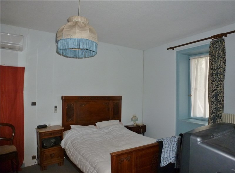 Sale house / villa Ambierle 159000€ - Picture 4