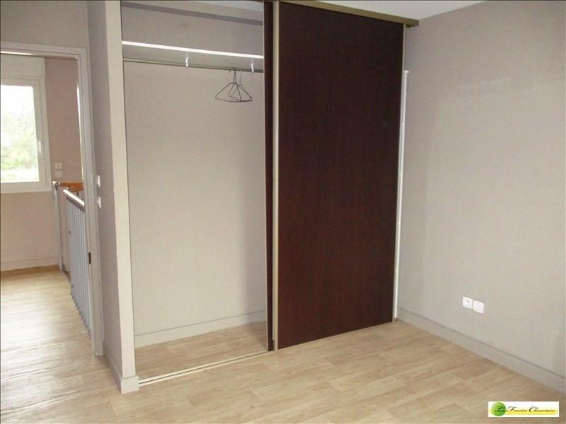 Sale house / villa Puymoyen 140400€ - Picture 8