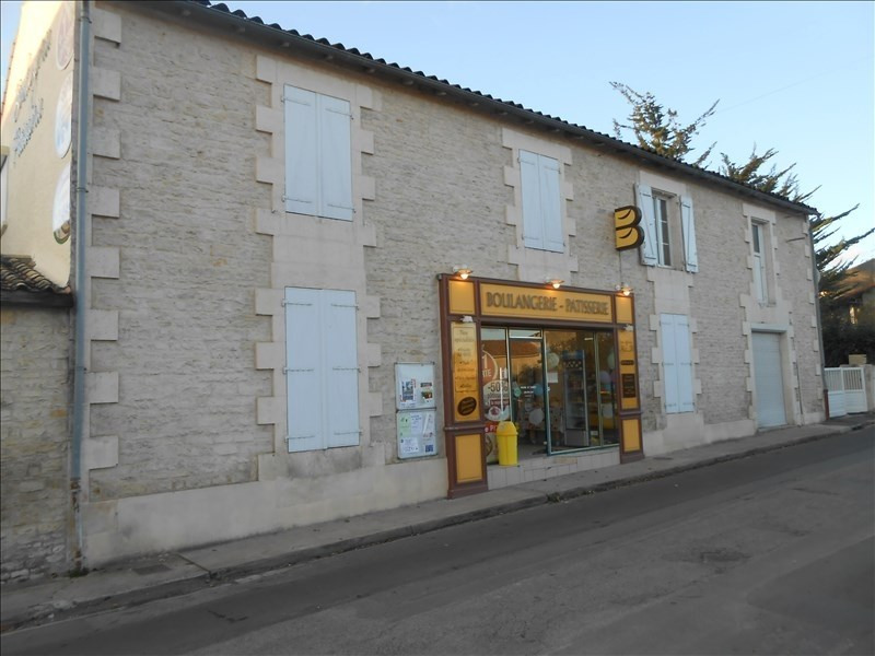 Sale house / villa Chize 117150€ - Picture 1