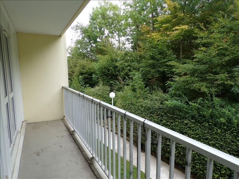 Location appartement Montigny le bretonneux 970€ CC - Photo 1