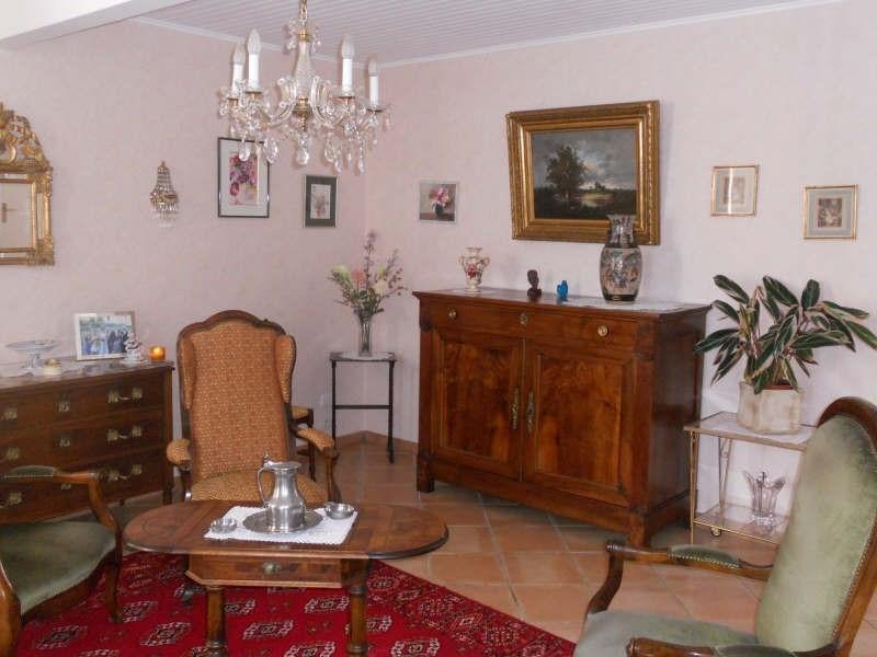 Sale house / villa St andre de cubzac 304000€ - Picture 2