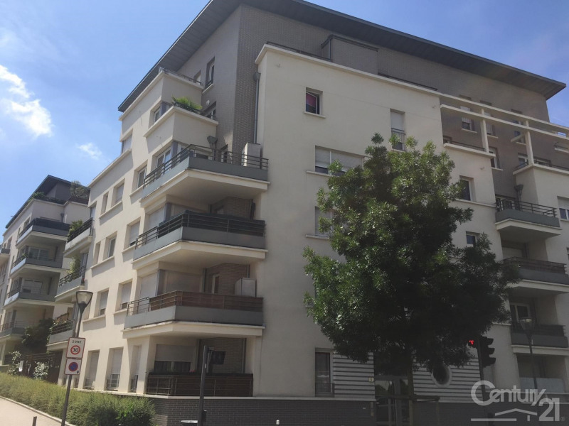 Sale apartment Massy 306 000€ - Picture 1