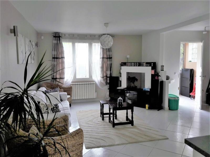 Sale house / villa Taverny 382000€ - Picture 1