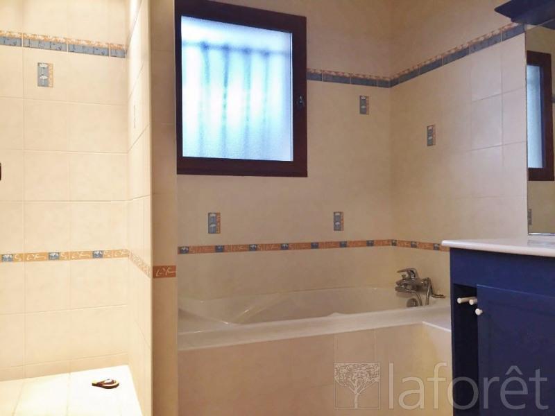 Sale house / villa L isle d abeau 339000€ - Picture 9