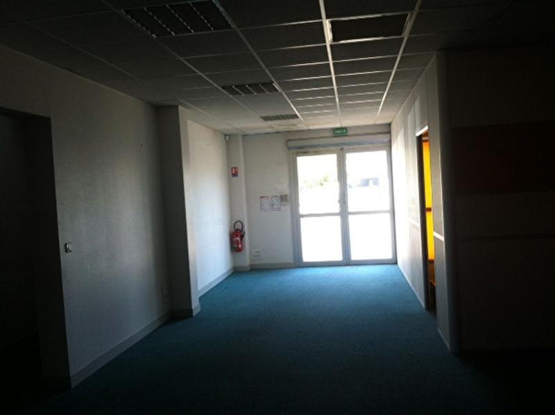 Location Local d'activités / Entrepôt Villenave-d'Ornon 0