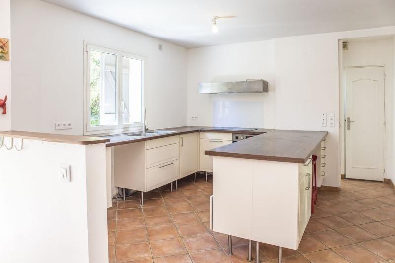 Sale house / villa Montfort l amaury 484000€ - Picture 4