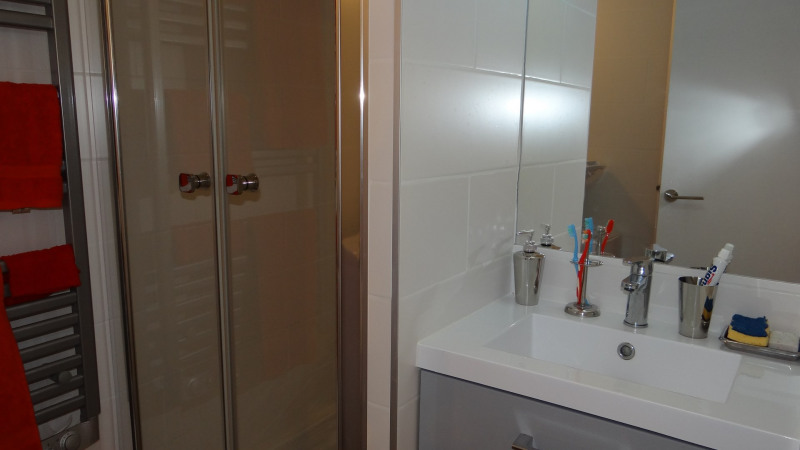 Location vacances appartement Cavalaire 650€ - Photo 14