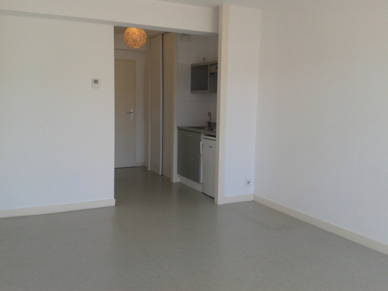 Rental apartment Anglet 420€ CC - Picture 3