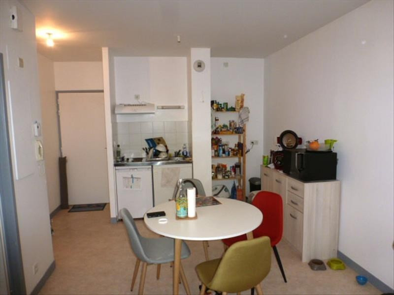 Sale apartment La rochelle 128500€ - Picture 2