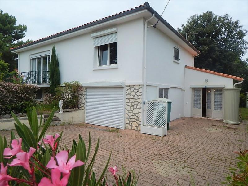 Sale house / villa Saint georges de didonne 381600€ - Picture 1