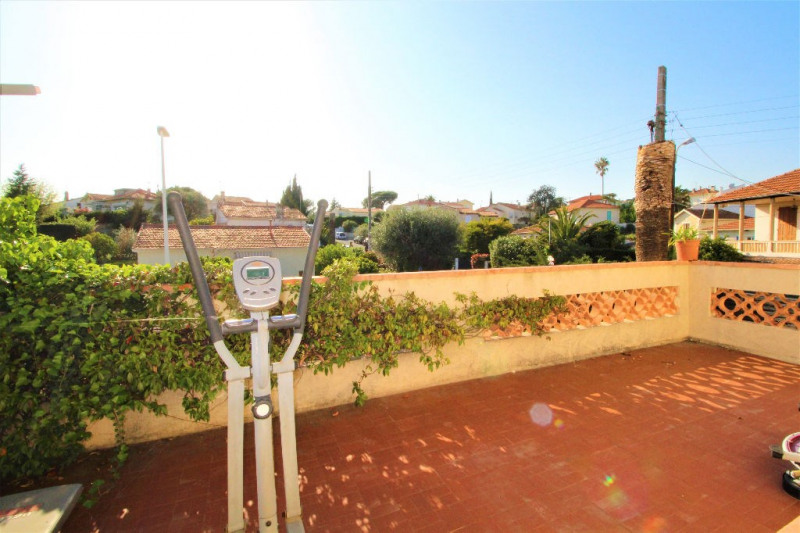 Sale house / villa Cagnes sur mer 490000€ - Picture 5