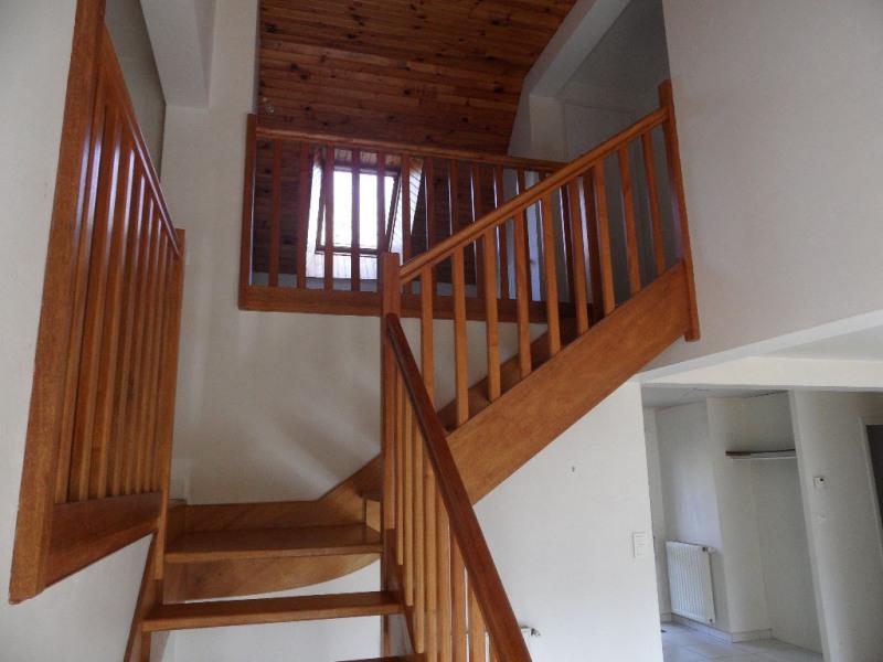 Sale house / villa Locoal mendon 274850€ - Picture 6