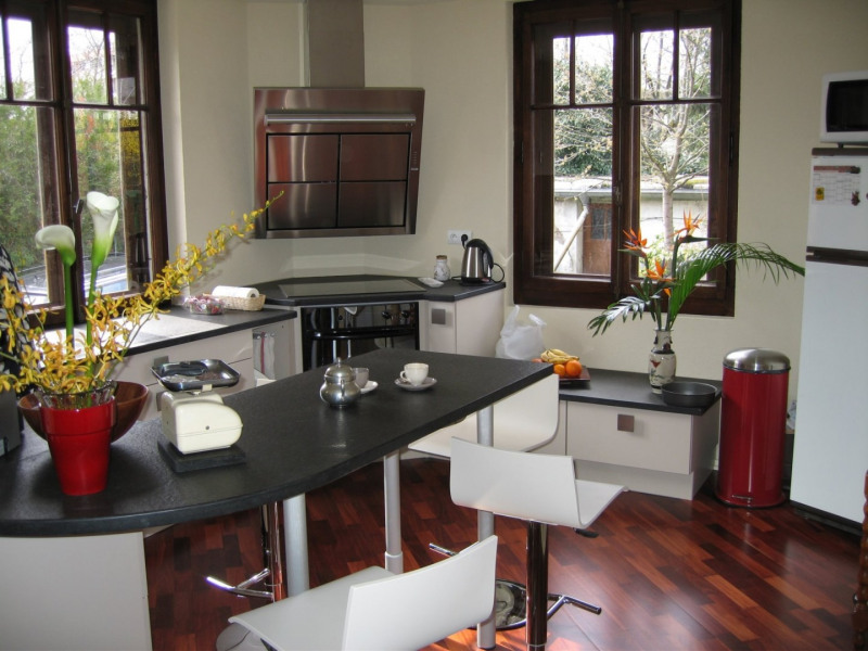 Vente de prestige maison / villa Gaillard 650000€ - Photo 7