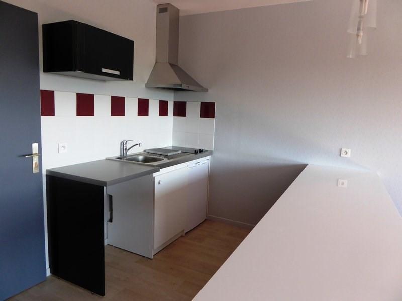 Rental apartment Maurepas 625€ CC - Picture 3