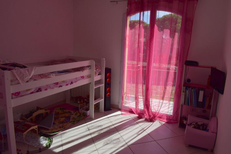 Vente de prestige maison / villa Bagnols-en-forêt 598000€ - Photo 22