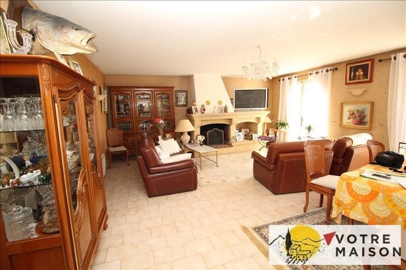 Sale apartment Lambesc 261500€ - Picture 3