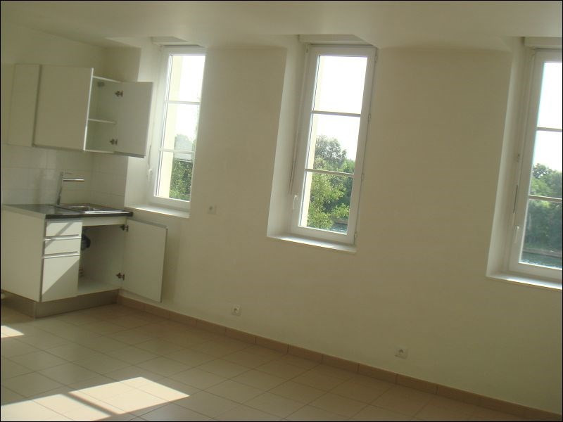 Rental apartment Viry chatillon 789€ CC - Picture 2