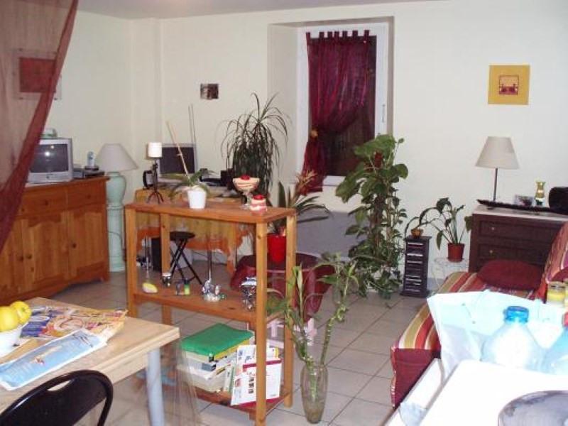 Location appartement Sainte pazanne 320€ +CH - Photo 1