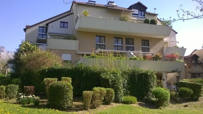 Location appartement Meylan 995€ CC - Photo 1