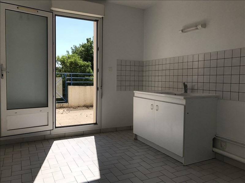 Location appartement Niort 560€ CC - Photo 3