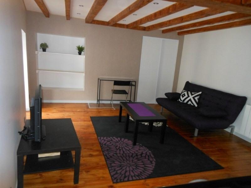Location appartement Le puy en velay 336,79€ CC - Photo 1