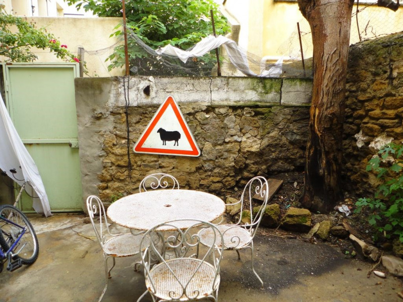 Location maison / villa Entraigues sur la sorgue 650€ CC - Photo 2