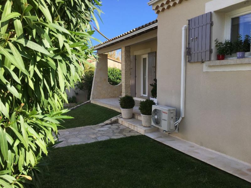 Vente maison / villa Villeneuve les avignon 300000€ - Photo 2
