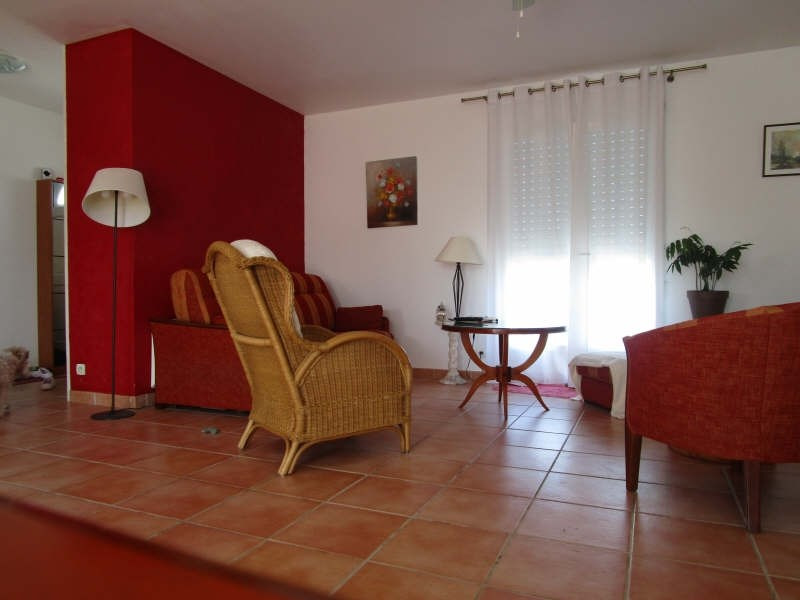 Vente maison / villa Blaye 196000€ - Photo 2