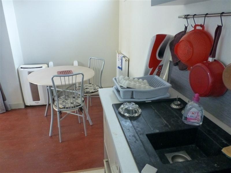 Rental apartment Saint-jean-d'angély 370€ +CH - Picture 3