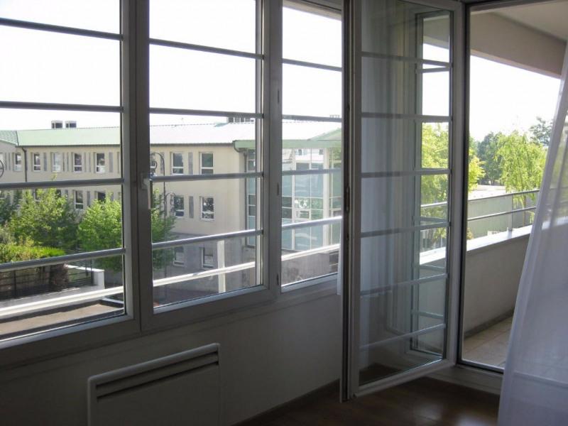 Sale apartment Saint germain en laye 233000€ - Picture 2