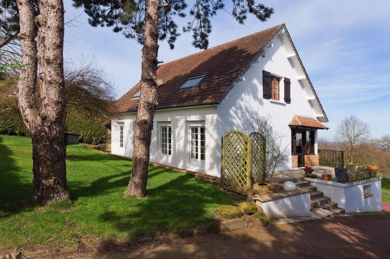 Sale house / villa Savignies 329000€ - Picture 1