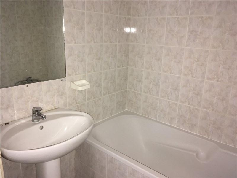Rental apartment Manosque 420€ CC - Picture 4