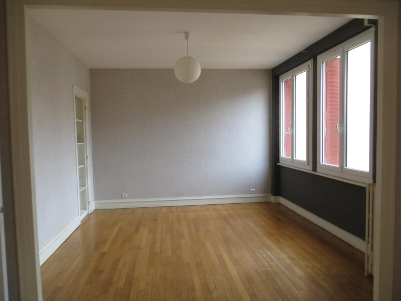 Location maison / villa Clermont ferrand 1 240€ CC - Photo 3