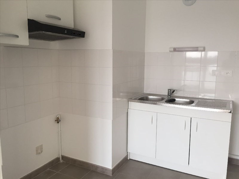 Location appartement Carquefou 670€ CC - Photo 3